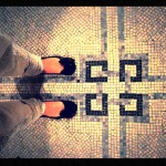 DAILY SCHMANKERL : Shoeselfie with pretty mosaic tiles