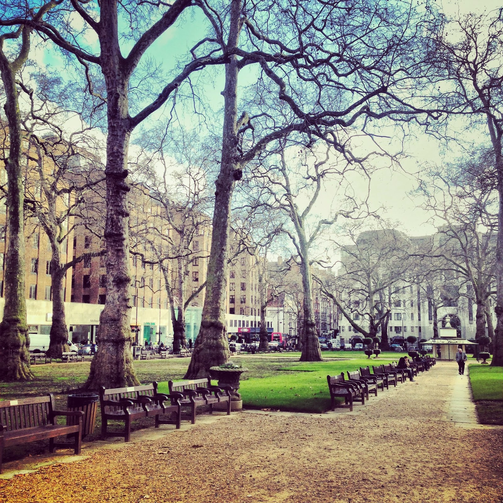 DAILY SCHMANKERL : A Walk in the Park @ Berkeley Square