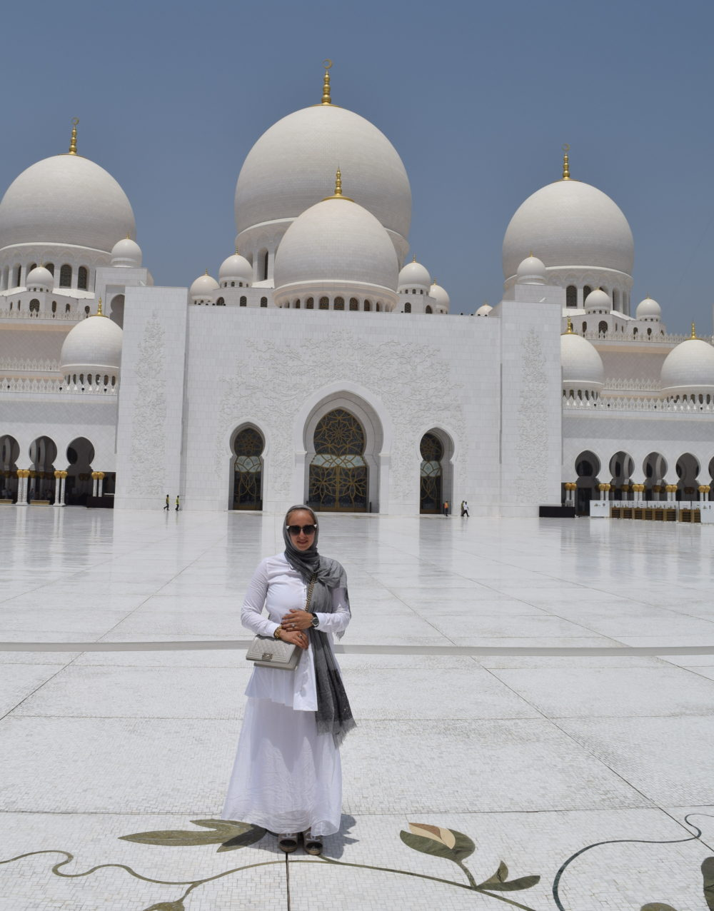 Sheikh Zayed Mosque Outfit 14